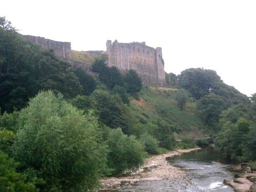 Richmonds slott och floden Swale