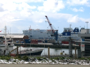Ingen jättebåt ser man i hamnen i Esbjerg