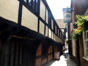 God Begot från gränden och puben Royal Oak