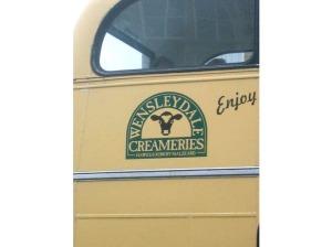 Ostbussen i Wensleydale. Crackin' cheese Gromit!
