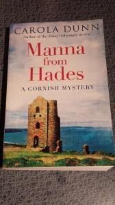 Böcker om Cornwall har jag många...