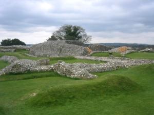Ruinerna av kärnan uppe på toppen.