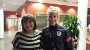 En suddig bild på Bardsley och en inte alls dålig liten svensk-engelsk spelare.
