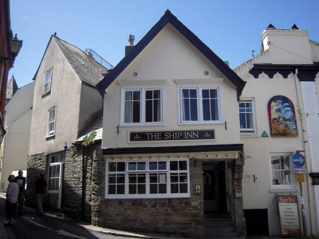 fowey pub