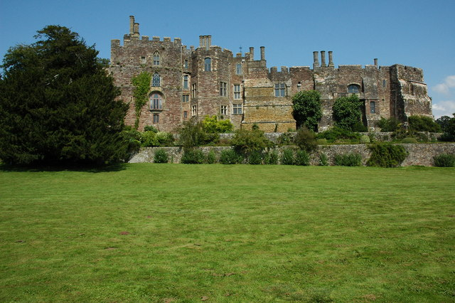Berkeley Castle.  Foto: Philip Halling (Wikipedia)