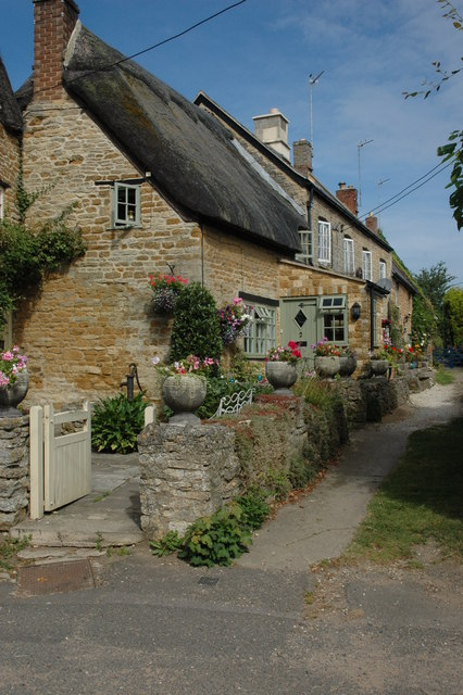 Kingham.   Foto: Philip Halling (Geograph.co.uk)